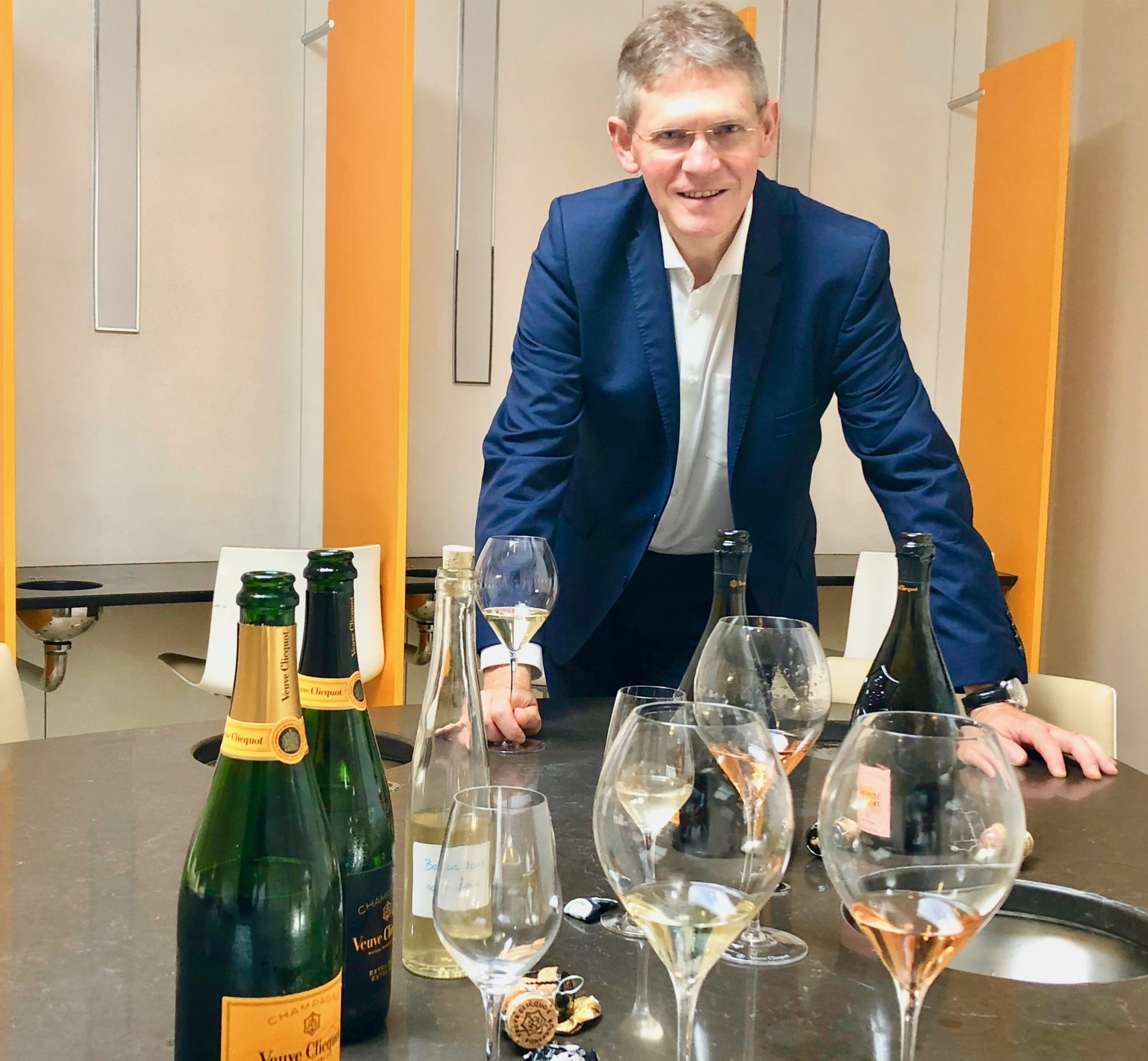 Dominique Demarville, chef de caves de Veuve-Clicquot, assure avec son Carte Jaune base 2017.