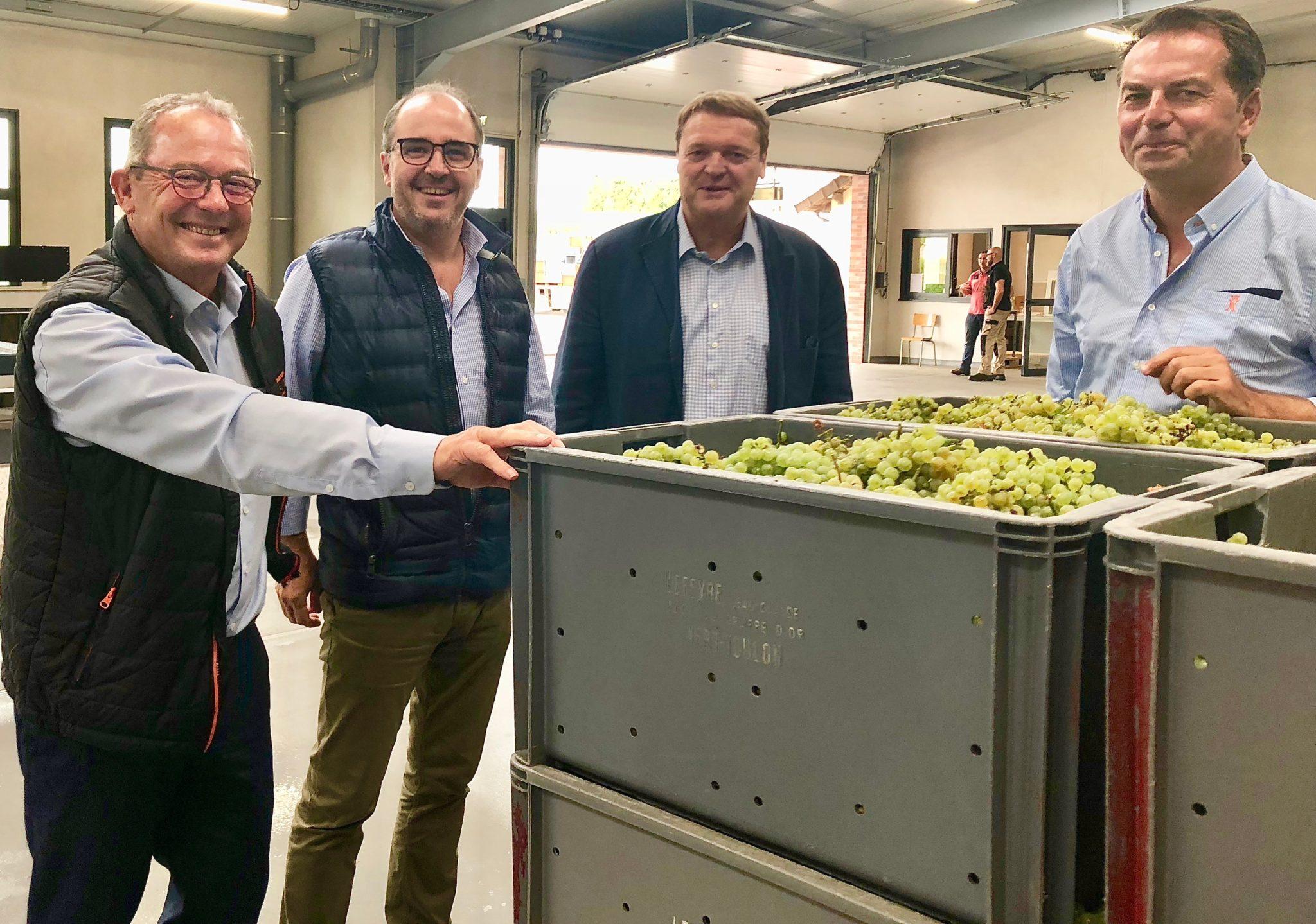 Patrick Boivin, directeur du vignoble du champagne Deutz, président des Celliers de Pierry, Philippe Launois, courtier, Arnaud Descotte, directeur des services techniques du Comité Champagne et Remi Durand.