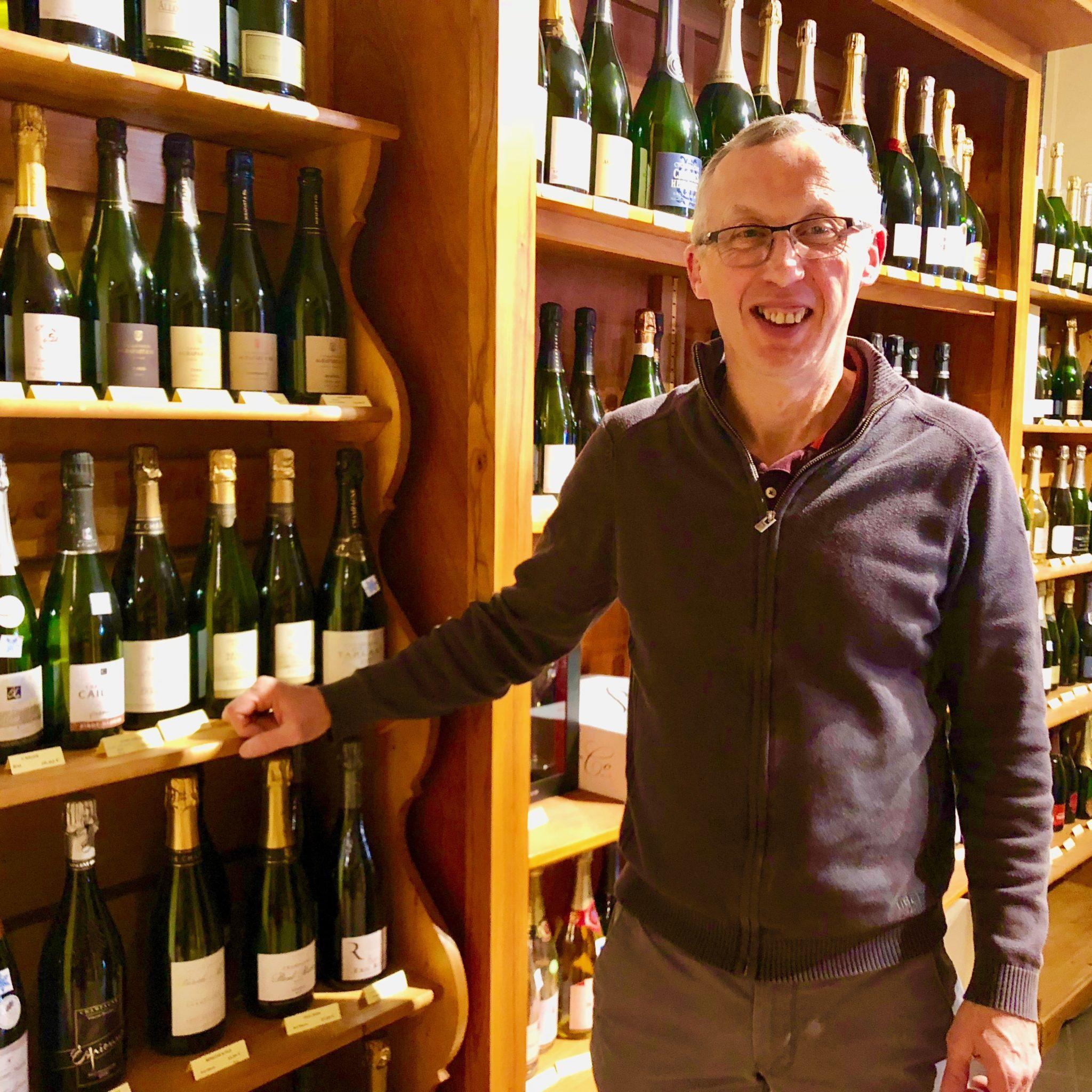 Eric Fèvre de Millésimes & Saveurs à Reims couronné Caviste d'Argent de l'année.