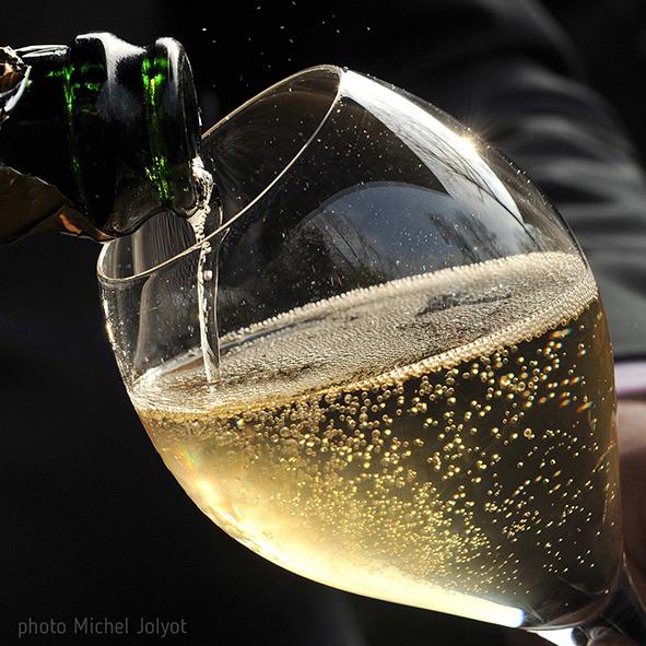 Expéditions Champagne 2019 : 5 milliards d'euros de chiffre d'affaires/297, 5 millions de bouteilles